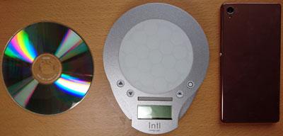 inti4とスマホとCDを比較
