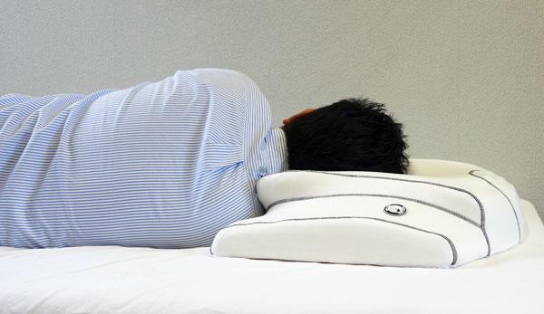首が水平になる枕