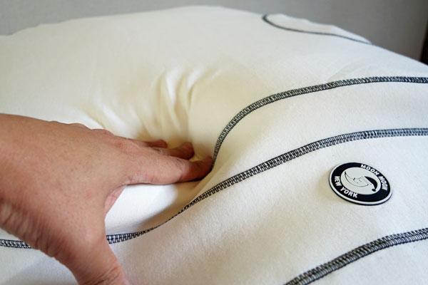 程良い硬さ・反発力の枕