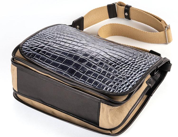 BEAU DESSIN(ボーデッサン)のショルダーバッグ