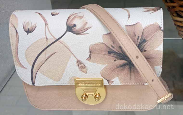 エーテル(AETHER)のレディースバッグ