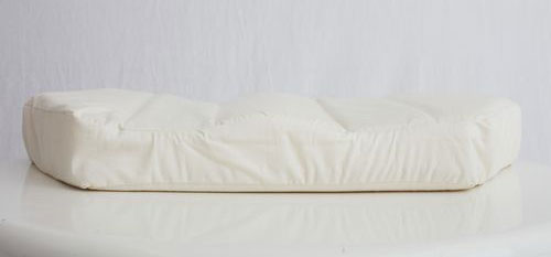 六角脳枕の素材・大きさ